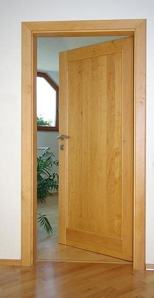 VONA Nitra - dvere