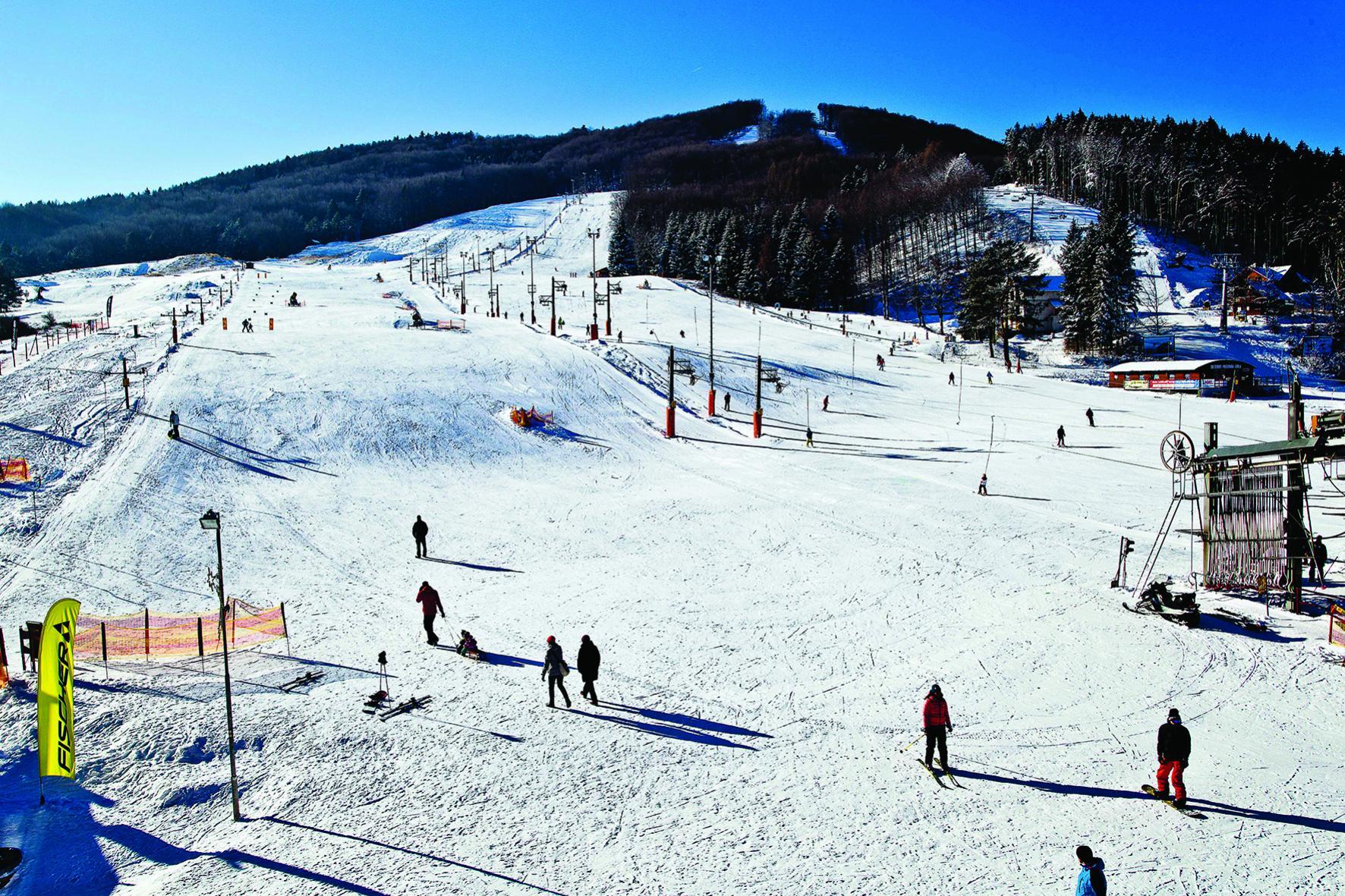 lyzovanie snowboardovanie
