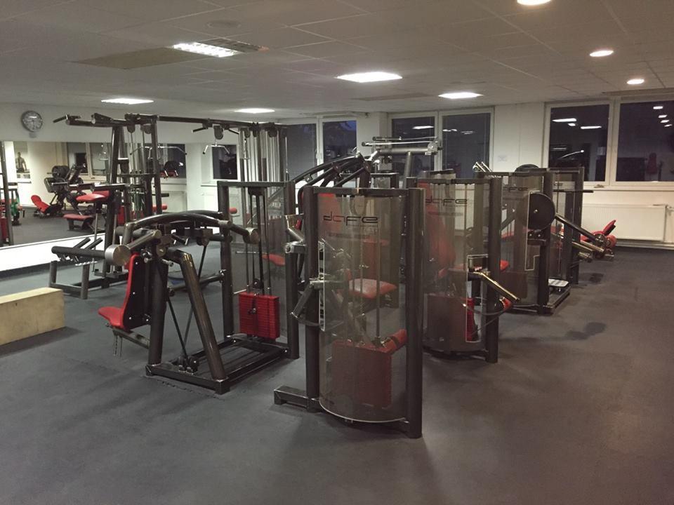 red royal gym nitra