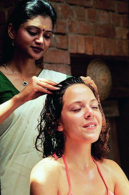 indická masáž hlavy masáže henrieta nitra