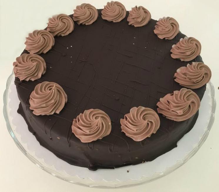 okuzlujuca torta s cokoladovou polevou