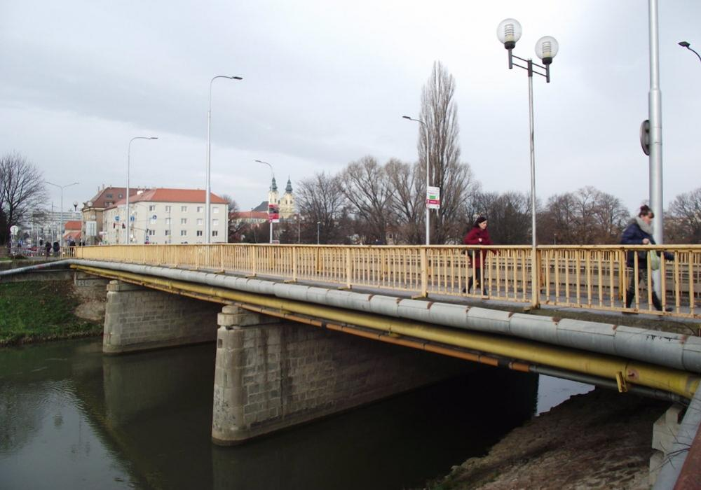 Univerzitný most Nitra oprava