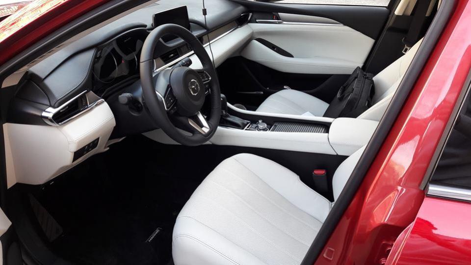 Mazda Nitra Mazda3 2019 sedan hatchback