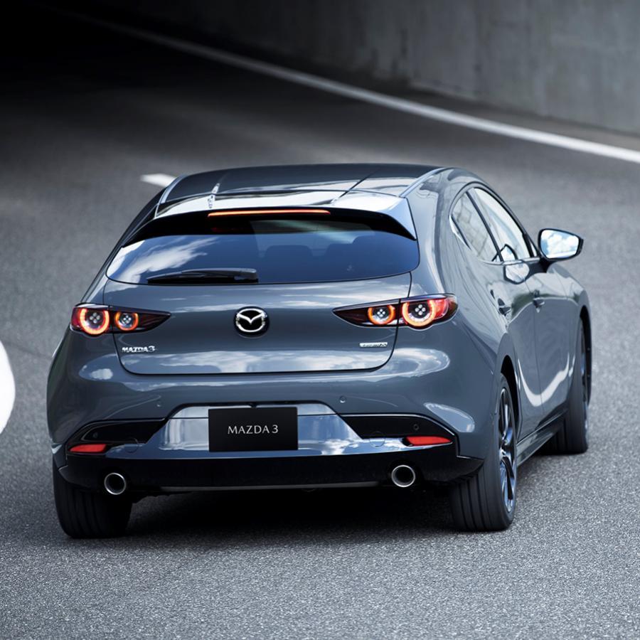 Novinka Mazda 3  hatchback sedan Mazda Nitra 2019