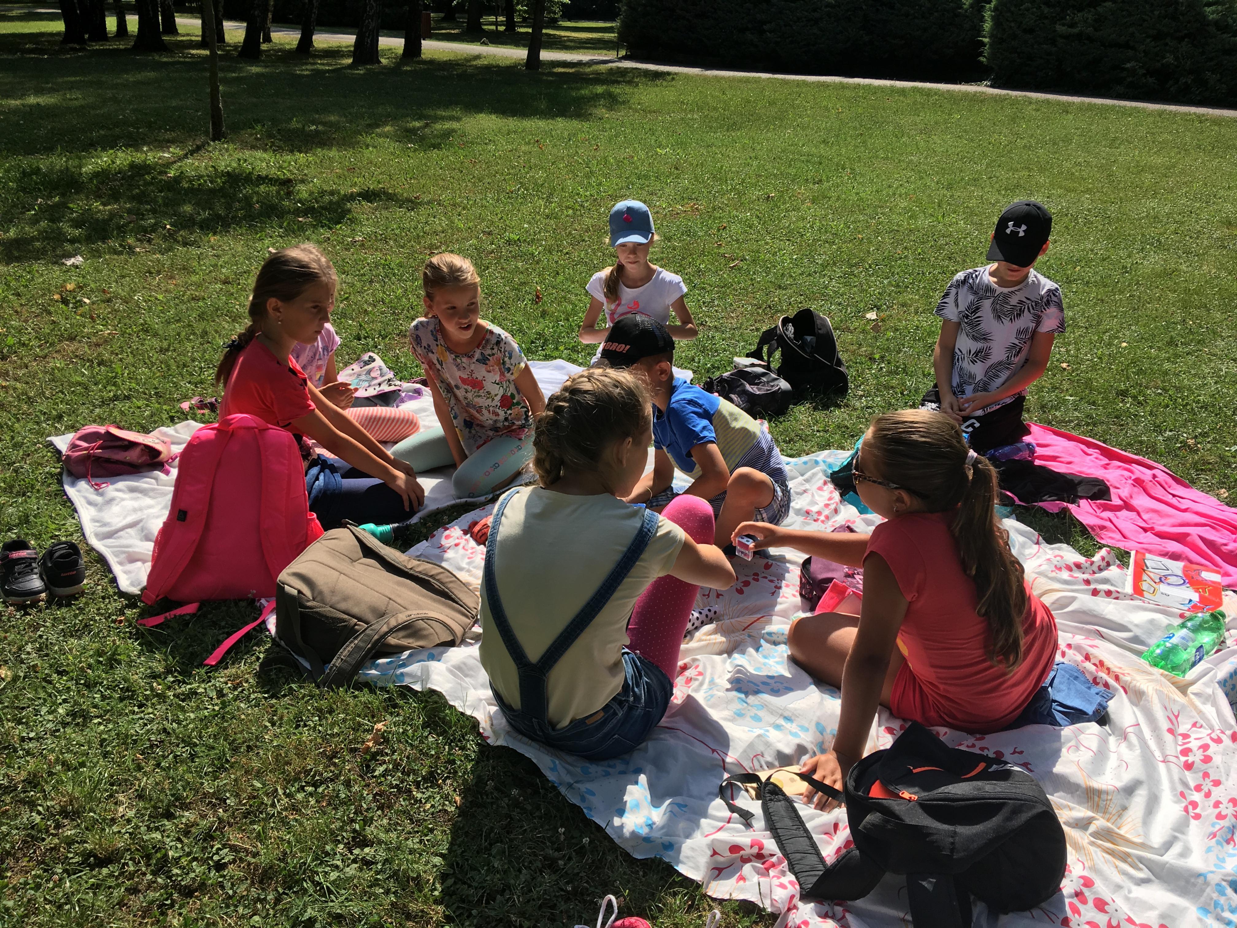 Letný tábor - liam school - piknik v parku