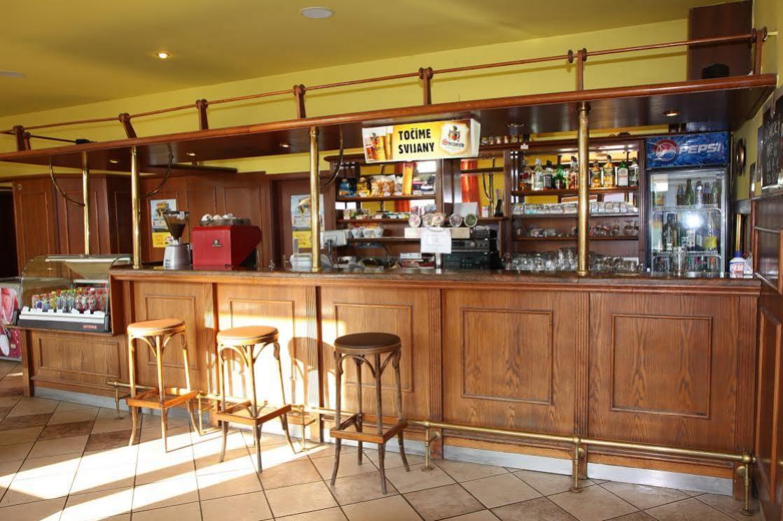 Reštaurácia balážová - bar