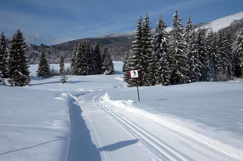 lyžiarske stredisko ski tále
