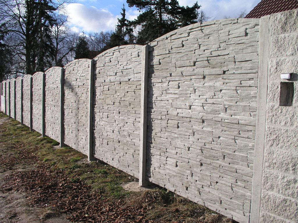 betónový múr ilustračný obrázok