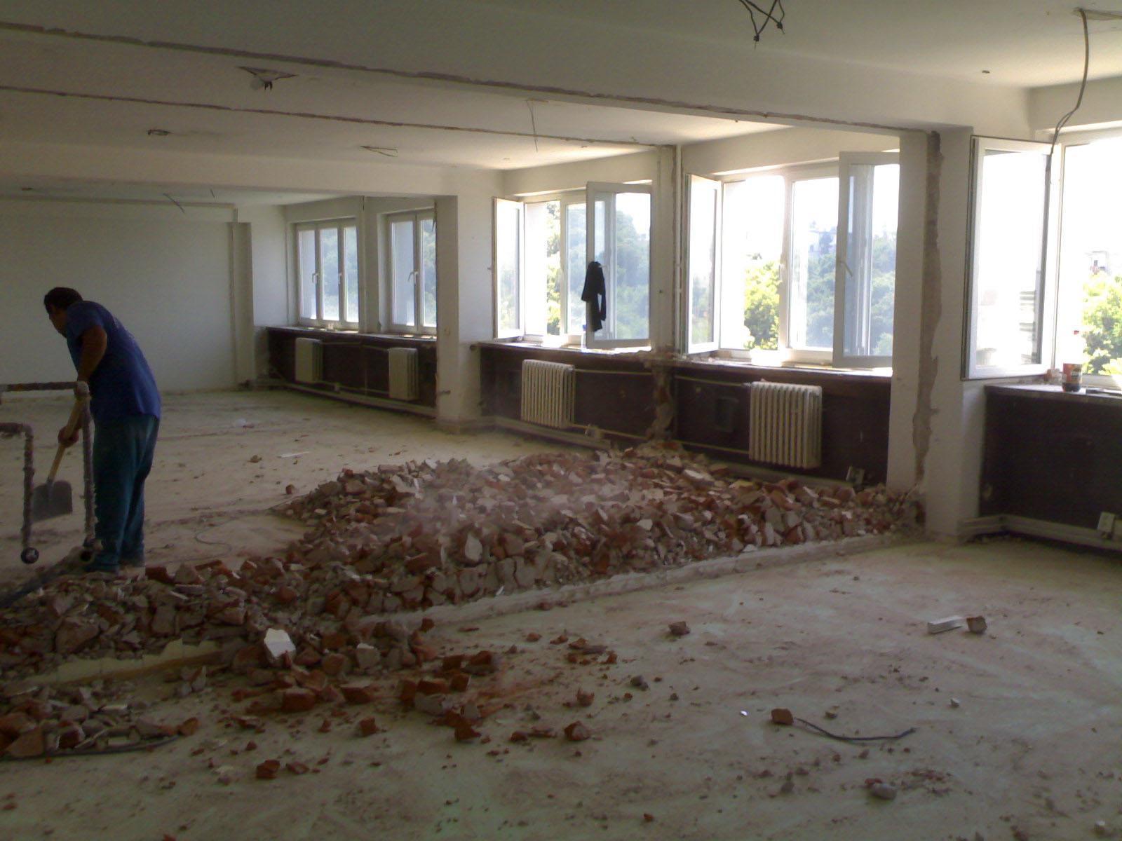 demolačné práce Dojčan