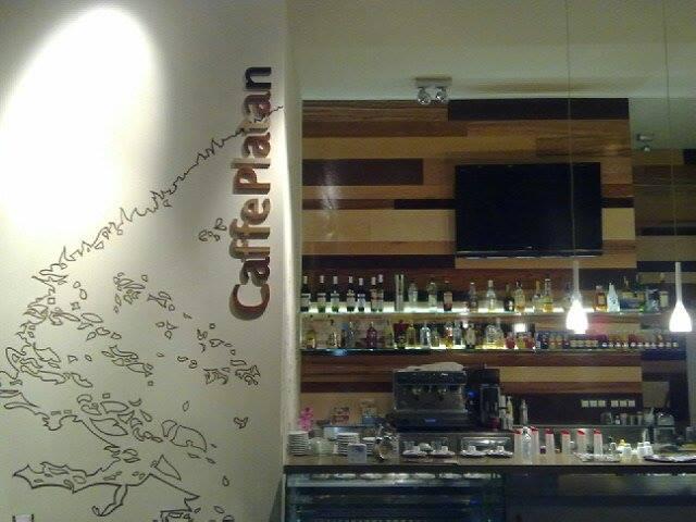 515e7751641b Kaviareň Caffe Platan Nitra - príjemné posedenie - Gastro