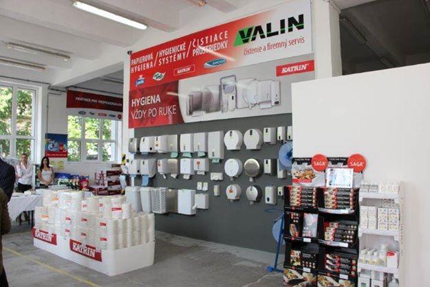 Novootvorená predajňa VALIN Nitra - čistenie a - Bývanie  3802478d747