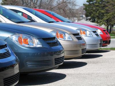 0c8d63bd5 Človek sa často ocitne v situácii, kedy si potrebuje z nejakého dôvodu  požičať auto či pripraviť to staré napríklad na STK. Autopožičovňa Lima  Nitra je tu ...