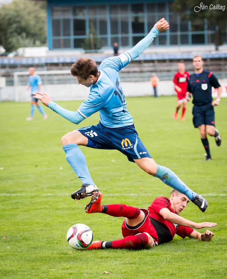 5763c841e6 Futbal  O výsledku rozhodol nitriansky st - Šport a relax