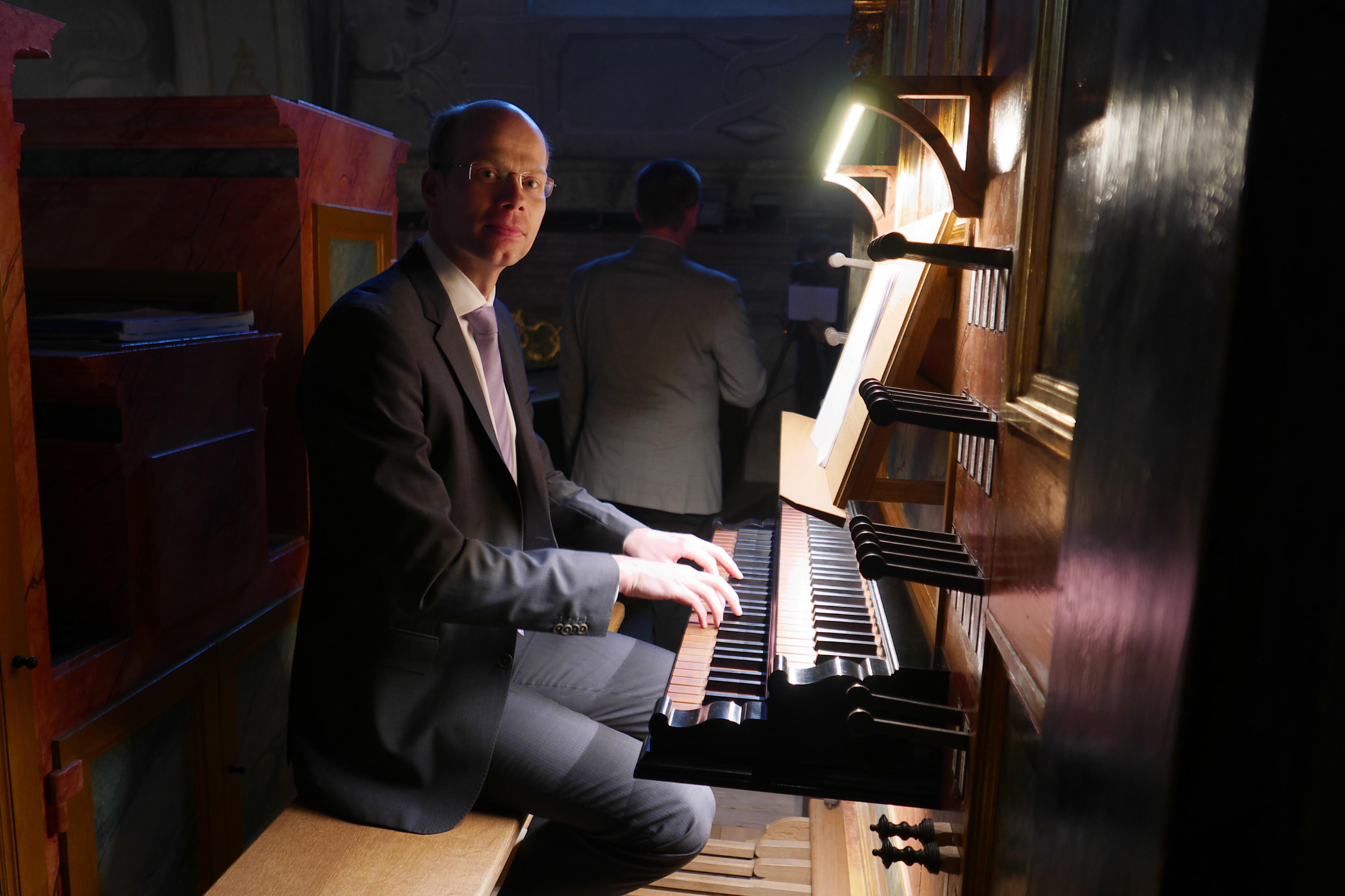 e39758edbe2 Organista z USA otvoril ARS ORGANI NITRA - Kam v meste