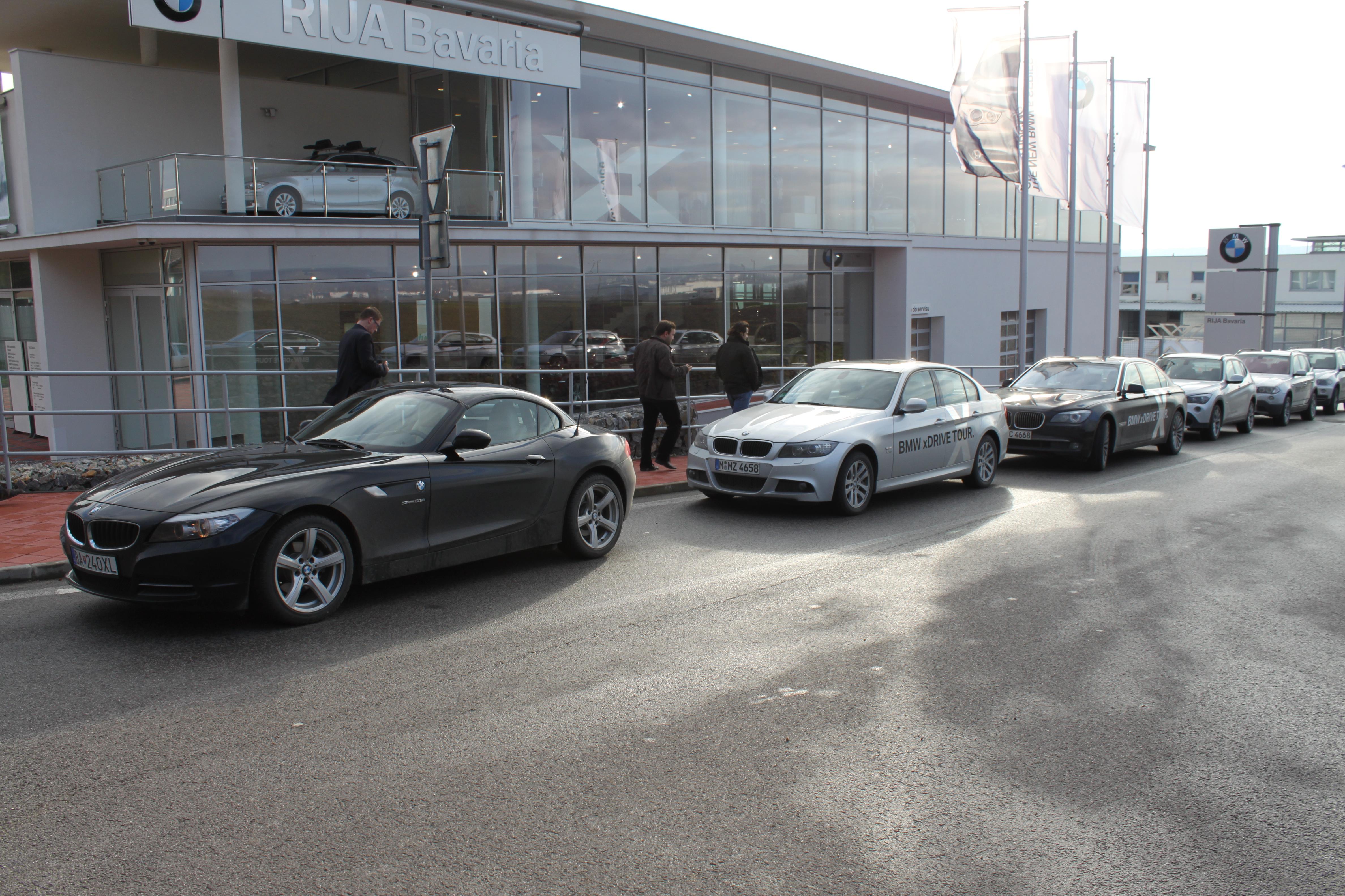V dňoch 8. a 9. decembra 2011 sa u autorizovaného predajcu vozidiel BMW v  Nitre da48ca256f0