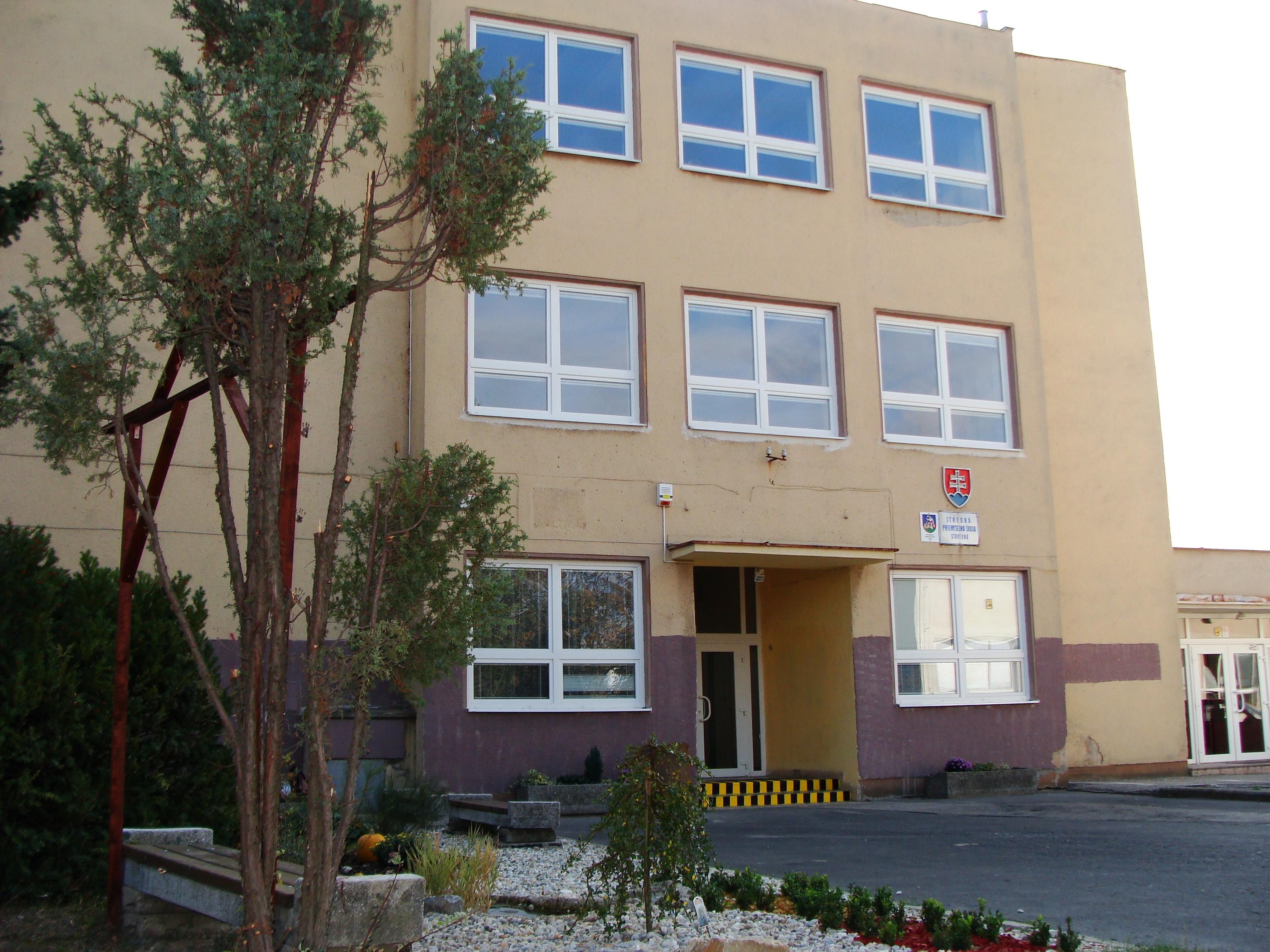 Stredná priemyselná škola stavebná - Kariéra  1e81649b3bb