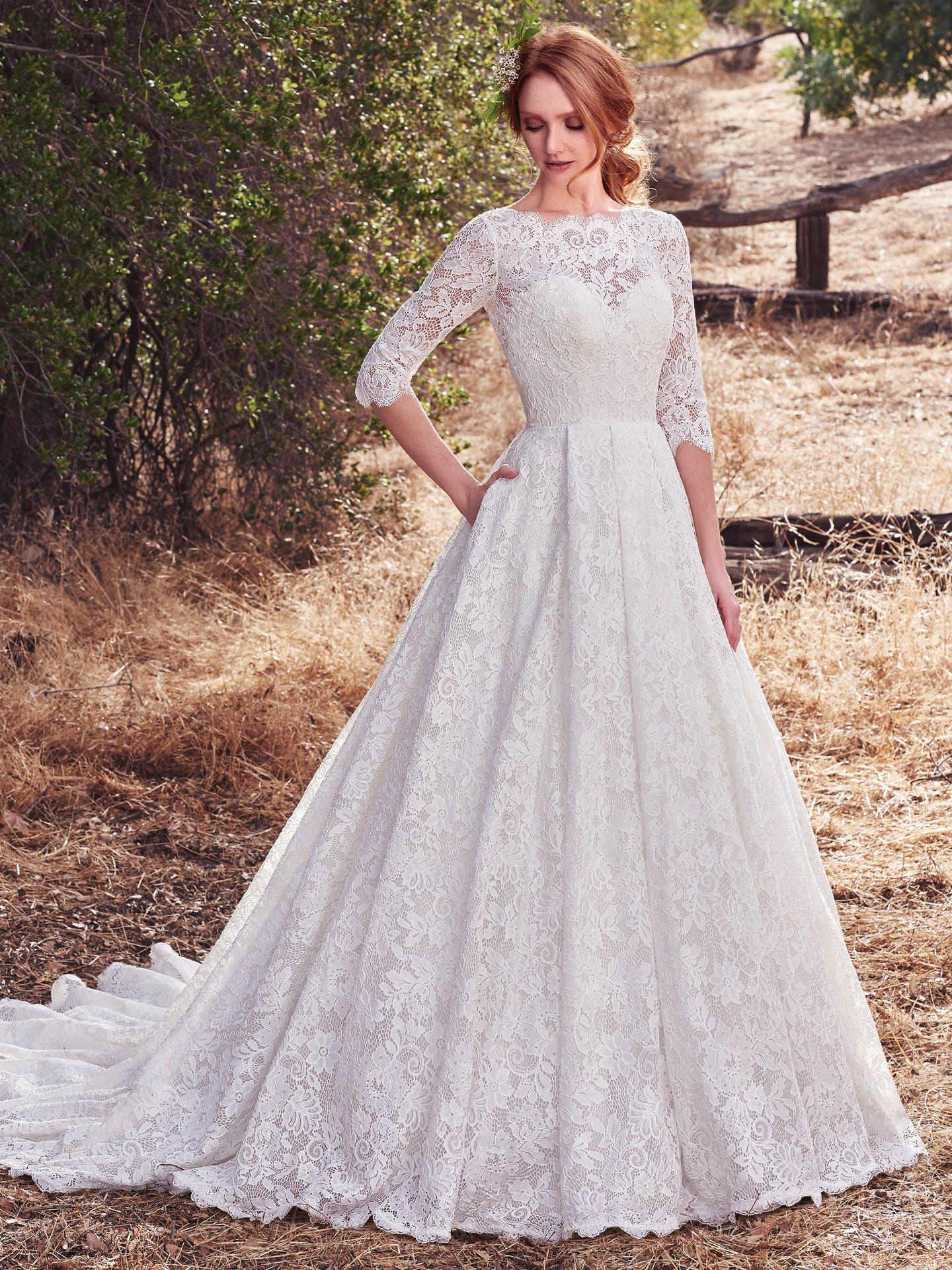 476e552b0d42 Ďalšie nádherné šaty na ktorých môžete oči nechať nájdete tu.