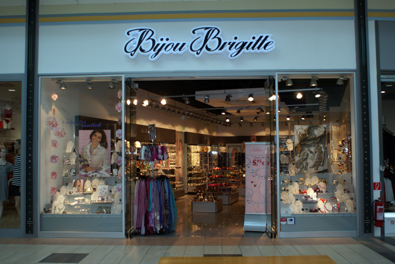 CENTRO NITRA - nákupno - zábavné centrum plné zážitkov a pohodlných ... 39faec4d0dd