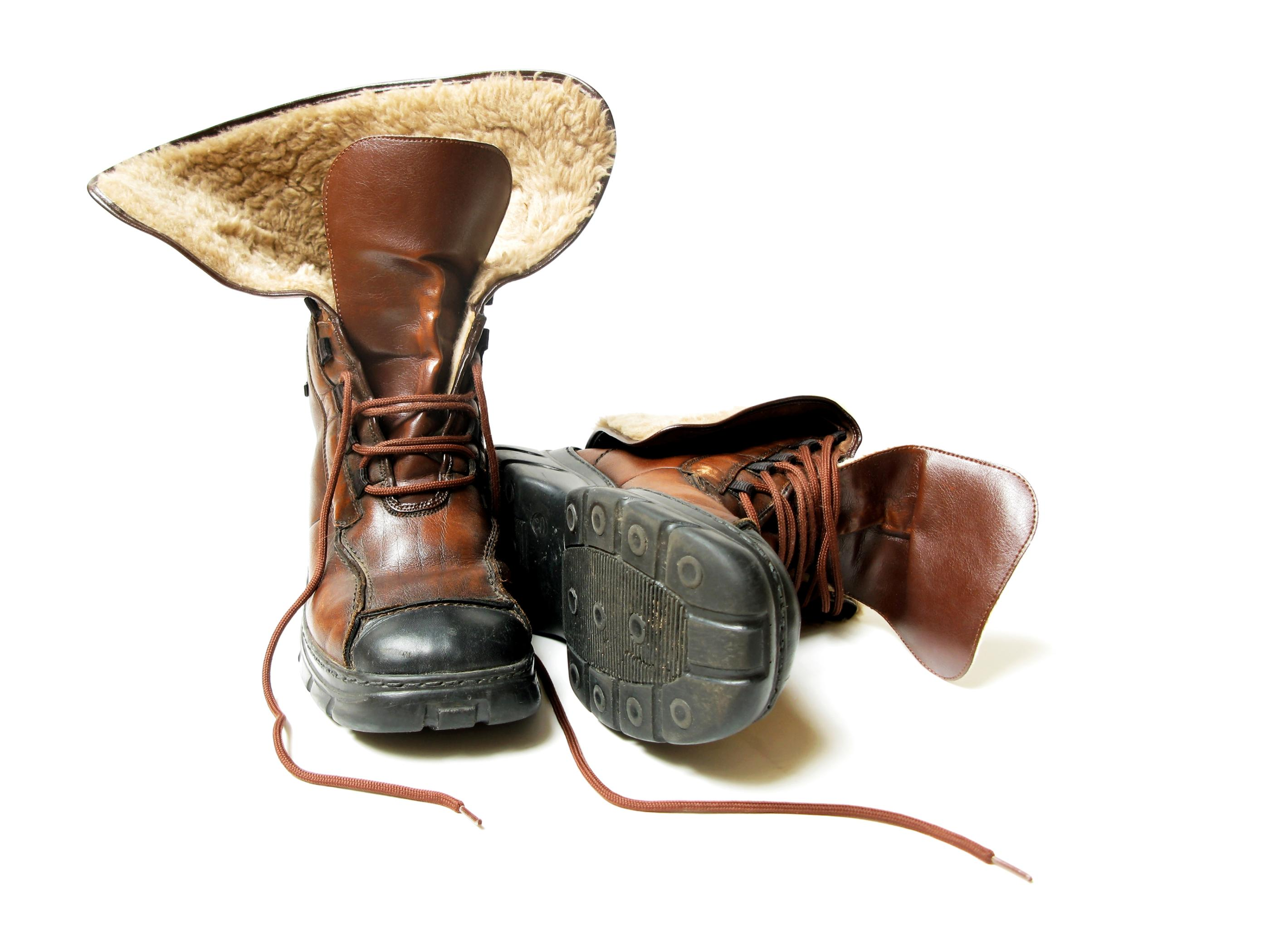 057b158bff888 Samostatnou kategóriou je obuv. Aj tu treba dodržiavať niekoľko základných  pravidiel. Ak sa už vyberiete v zime do hôr, mali by ste mať určite vysoké  ...