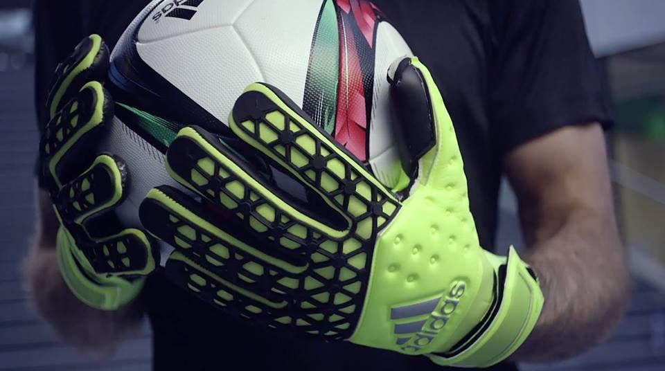 5695402fa6ceb Futbalové potreby KEEPERsport Nitra - výstroj pre futbalistov a ...