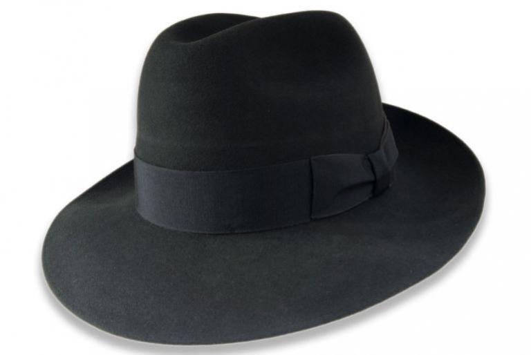 8b76aab2e264 LK Klobučníctvo má pre vás pripravené rôzne klobúky a doplnky od  svetoznámych značiek TONAK